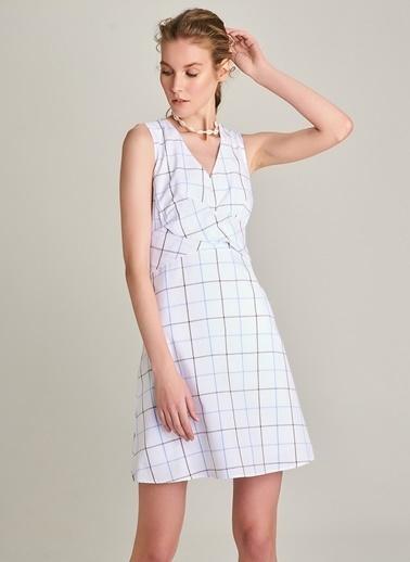 Ng Style Bel Detaylı Ekose Elbise Beyaz